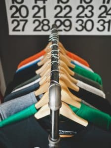 TIPS FOR RECRUITING RETAIL PROFESSIONALS